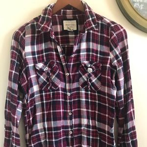 Forever 21 Red and black plaid shirt